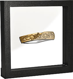 Frame with knife